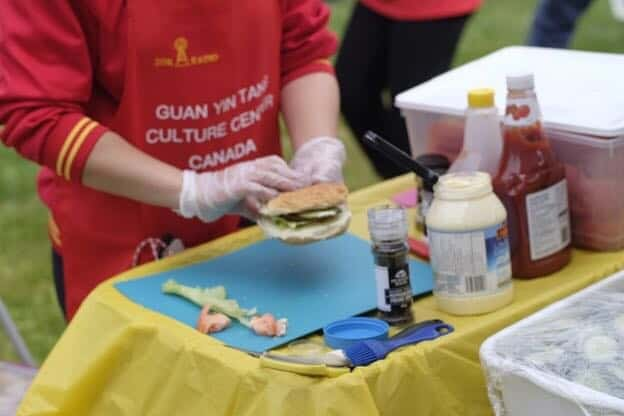Free Vegetarian Tasting Event at the 30th Toronto International Dragon Boat Race Festival Picture 3